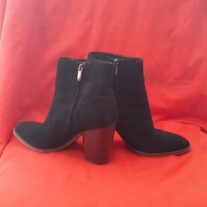 Sam Edelman Block Heel Suede Boots Size 8.5